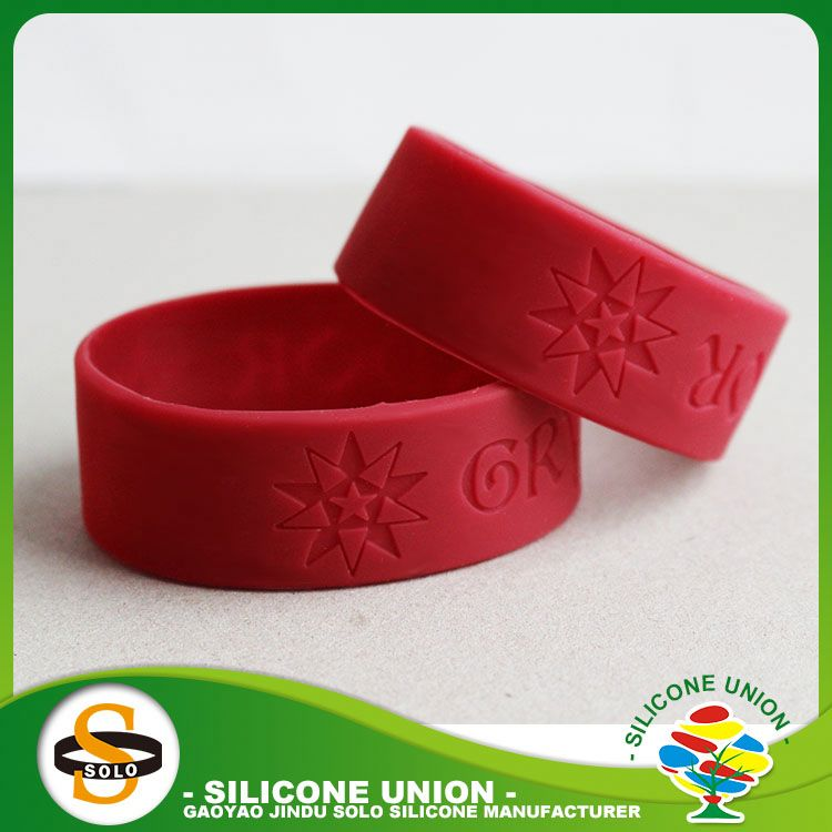 emboss printing embossed silicone wristband chinese embossed silicone wristband