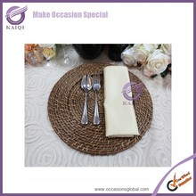 For Sale Wholesale Decoration Wedding Items Accessories Round Rattan Charger Plates
