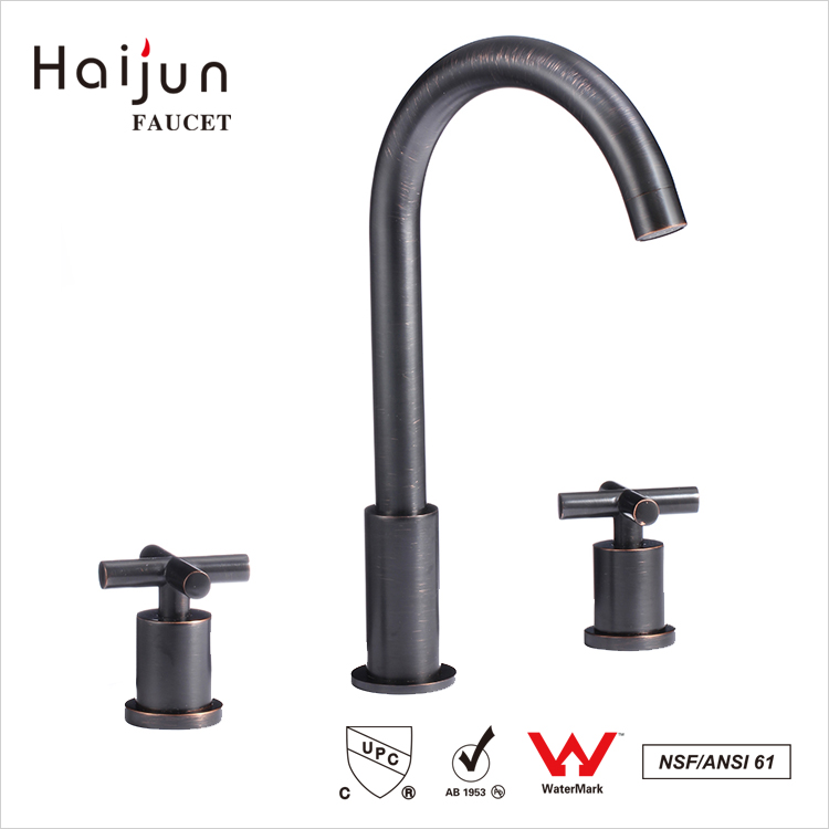 Haijun High Demand Products cUpc ISO 9001:2008 Dual Handle Bathtub Brass Faucet