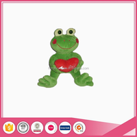 Hot selling frog cartoon character valentine day plush toys display