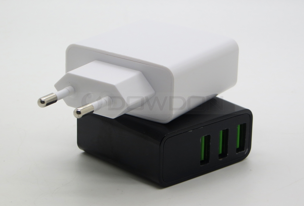 CE Rohs Approved 3-Port Multi-Port USB Wall Charger for Smartphones and Tablets Quick Charger