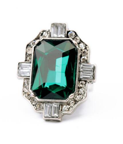 classical Green Gem Stone Woman Rings