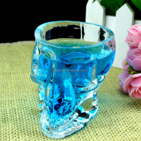 Special design human skull glass 150ml milk glass cup for juice wine beer hand made glass skulls bottle for home decoration
