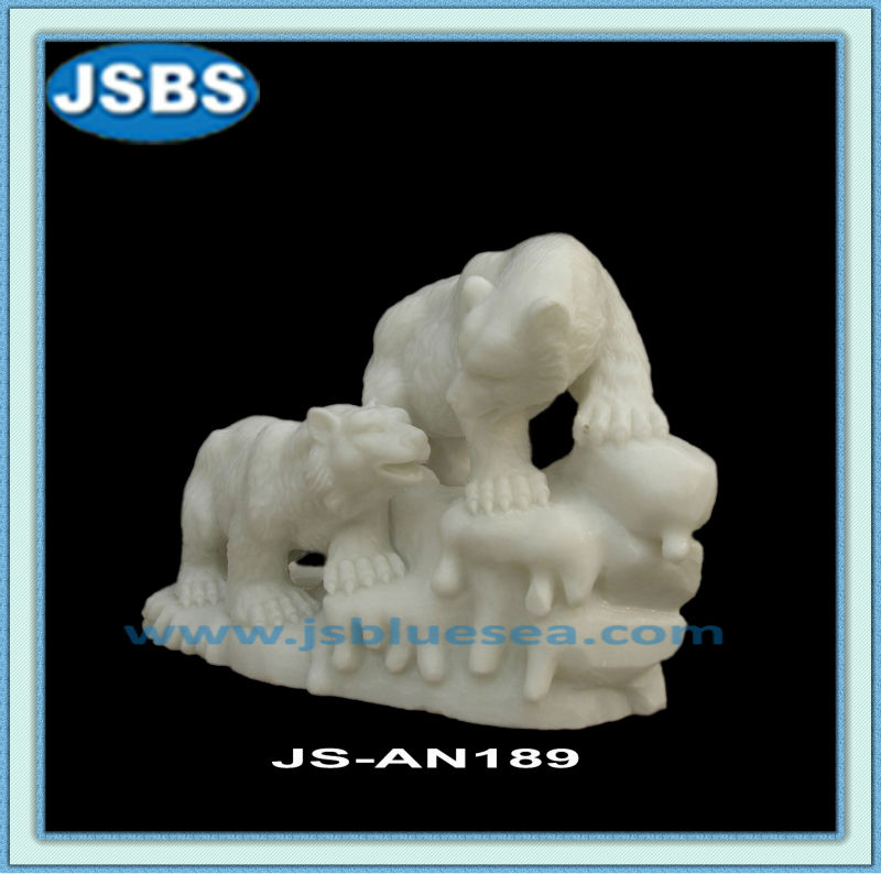 outdoor decoration White Marble Carved Bear Statues For Sale