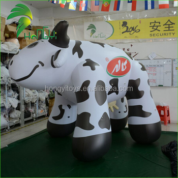 Adorable Hongyi Inflatable Milk Cow Model / Large PVC Promotion Inflatable Dairy Cattle Item