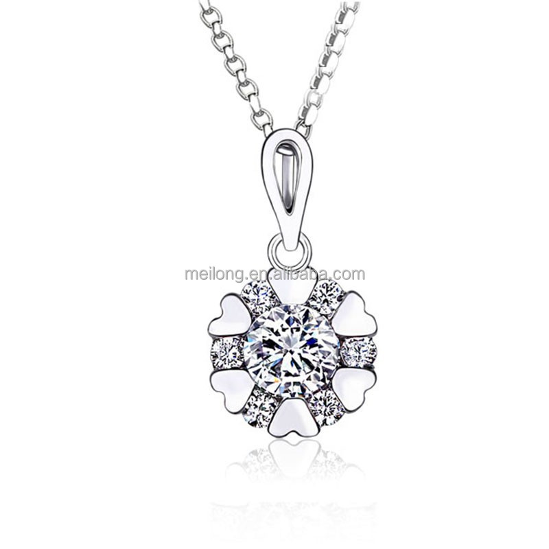 Wholesale snowflake and hearts shaped 925 sterling silver charm necklace & <strong>pendant</strong> with CZ for women