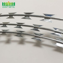 China Manufacturer Concertina Fencing Galvanized Razor Ribbon Barbed Wire