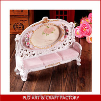 19cm cheap Resin photo frame/ High quality Photo Frame / Polyresin Photo Frame