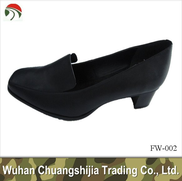 black leather woman office shoes
