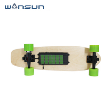 Wholesale good quality 2018 new arrival factory price electric skateboard