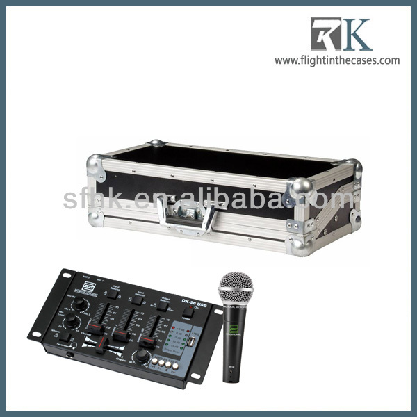 DJ mixer case for dj in a practical set with dynamic microphone in RK