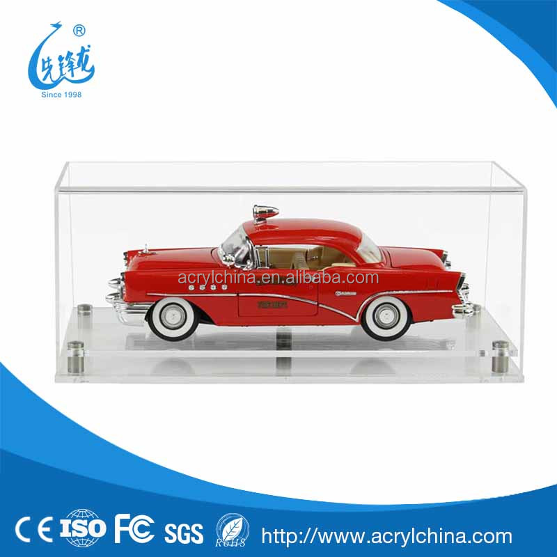 plexiglass Display Case for a 1:18 Scale Model Car with a Modern White Base