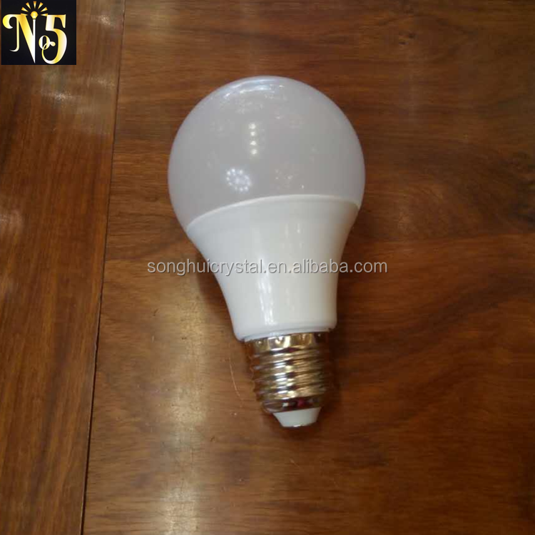 Hot manufacture White 3w 5w 7w 9w 12w E26 E27 led light bulb