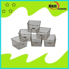 Popular handled metal wire baskets iron laundry storage baskets with fabric lining