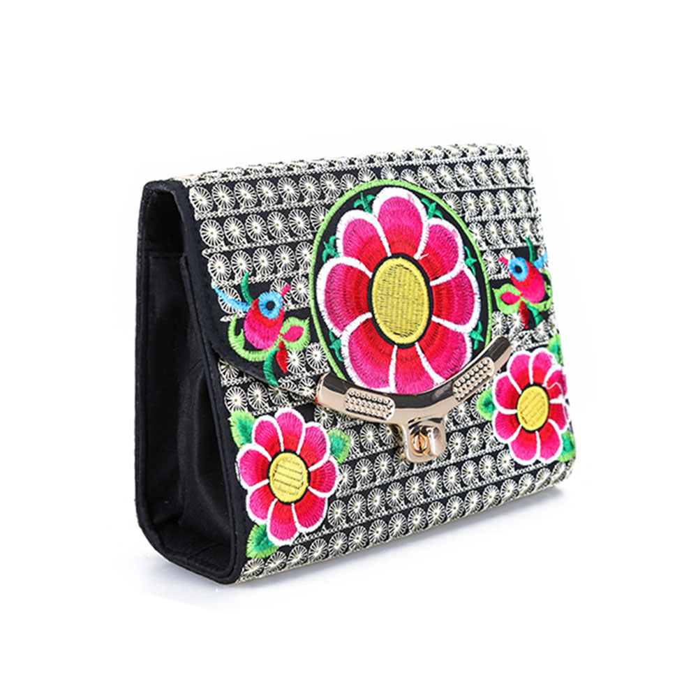 National wind embroidery flower Gold-plated metal buckle cosmetic bag makeup kit
