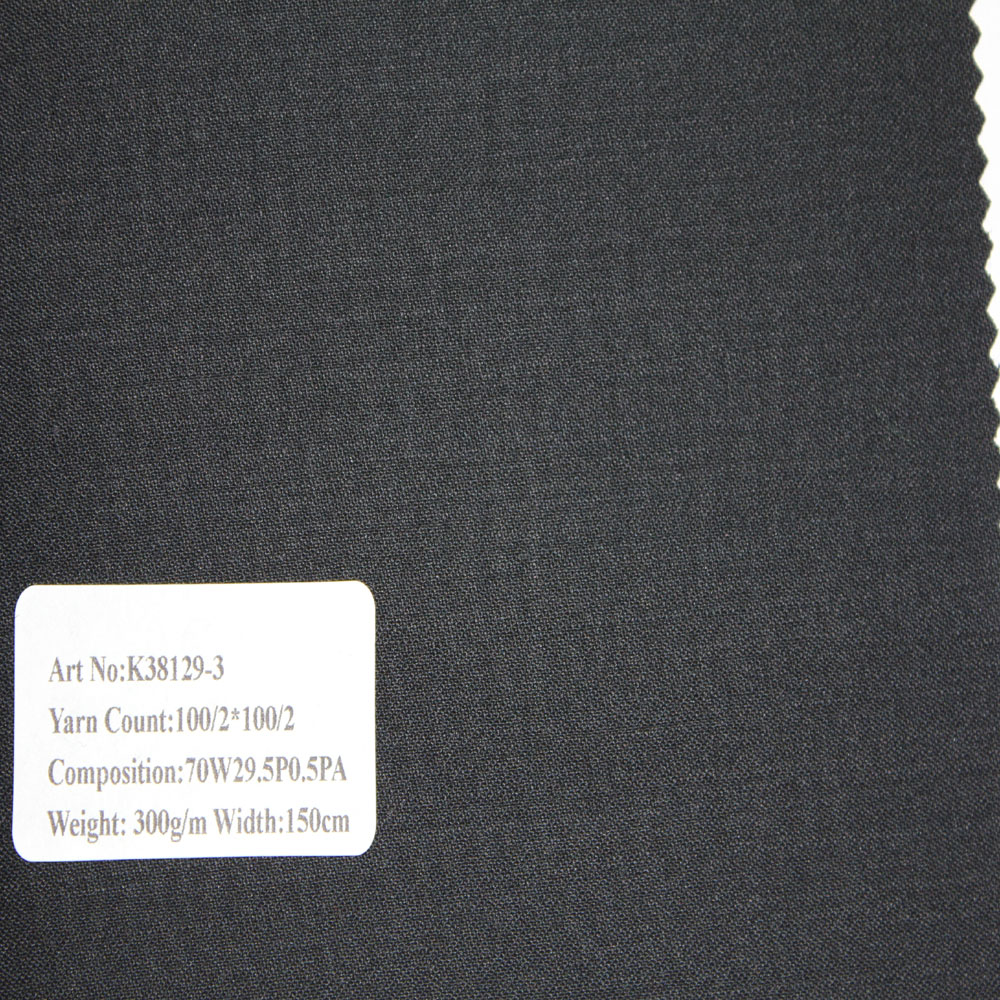 Grey 70% Wool Material and In-Stock Items Supply Type Suiting Fabric