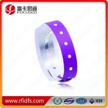 RFID NFC NTAG213 Disposable Paper NFC Wristband For Event