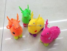 2015 Hot sales fashion TPR toys,mini plastic deer toys,Yoyo light-emitting toys