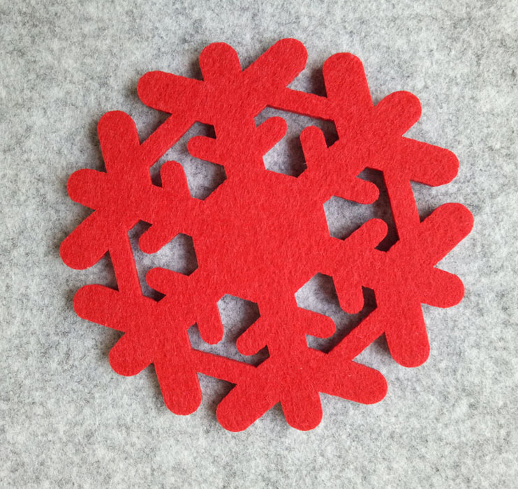 Shenzhen factory hanging felt snowflake decorations for Christmas