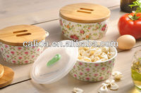 Factory direct wholesale ceramic soup bowl with wooden or plastic lid