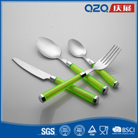 Vibrant color green plastic handle low price flatware for dinner