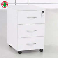 White 3 drawers chest of drawers