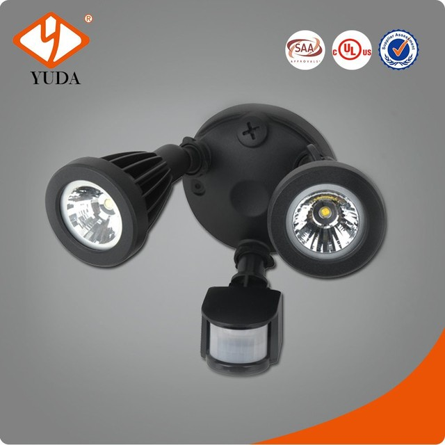 China Supplier Twin Head Wall Mounted UL Listed 180 or 240 Degree Security Motion Sensor LED Flood Light