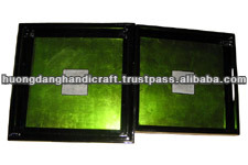 Lacquer tray incrusted eggshell in center, green set of 3 trays