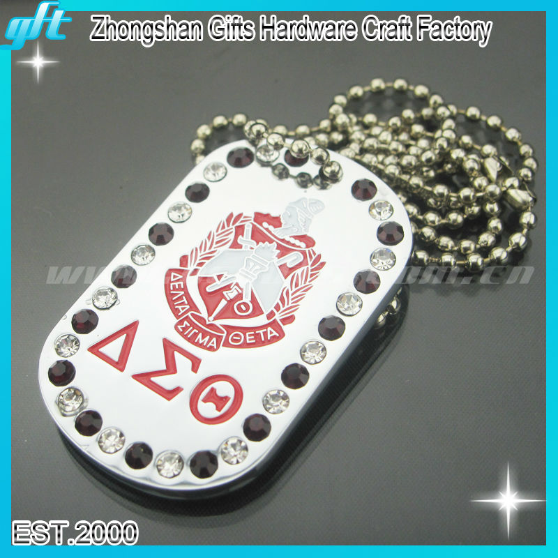 2013 High quality and new product!Customized military dog tag,dog medal for cheap with rhinestone and chain for promotion