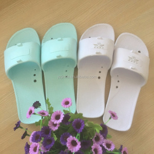 Cheap wholesale summer lovers home soft anti-slip bath slippers