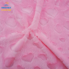 Best warp knitted warm polyester pink purple plush fleece fabric with heart patterns