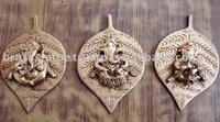 Wall decor Brass metal wall hanging god ganesha leaf