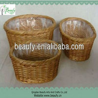 wholesale pure handmade wicker storage basket with plastic liner