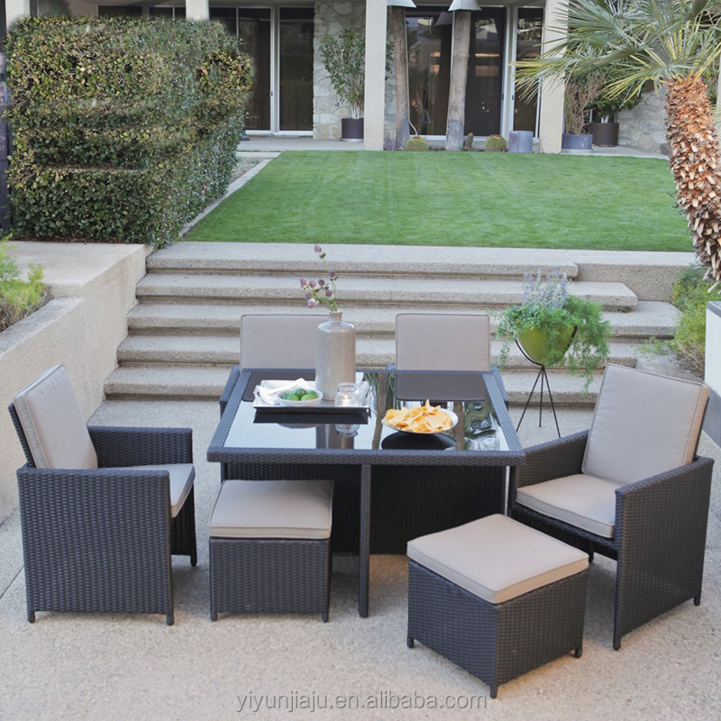 Square Dining Room Furniture PE Rattan Wicker Outdoor Leisure Dinner Furniture With Table and Chairs