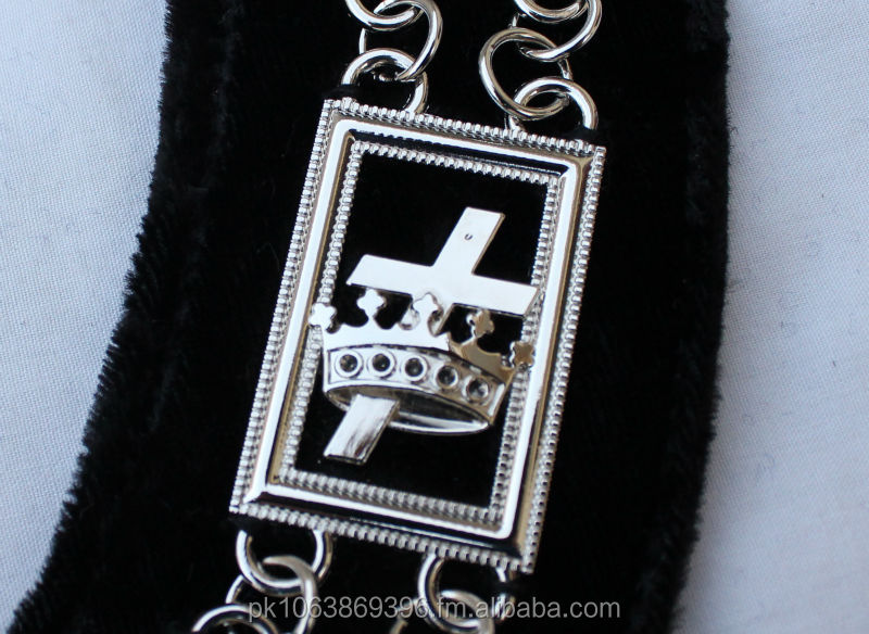 Knight Templer Silver Chain Collar