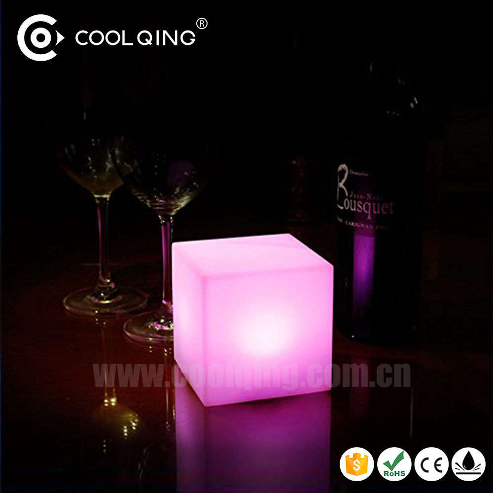 Free shipping Coolqing club party return gifts electronic illuminated birthday gifts for guests kids