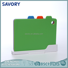 Small MOQ Picnic Time Promotional Plastic cutting board with weight
