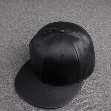 New fashion simple custom design 6 panel plain black leather snapback caps