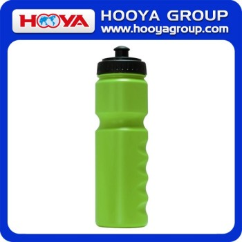 750ml Capacity Ecofriendly PE Water Bottle Plastic Sport Water Bottle Portable Outdoor Sport Water Bottle
