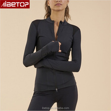 Latest Sport Wear Woman Fitness Thumb Hole Jacket with Breathable Mesh Fabric Zip Up Stretch Fitness Clothing
