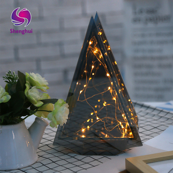 2017 New LED Christmas Festival Lantern Glass House, Tower Shaped Copper Wire Decoration Lamp Series
