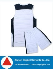 Custom made soccer uniforms, soccer kits and soccer training suit, soccer jersey and soccer shorts