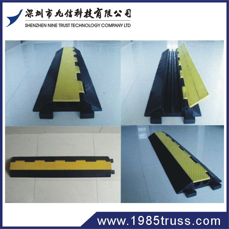 Road cable protector of PVC cover rubber floor on promotion