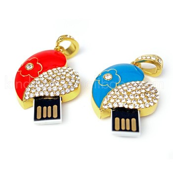 Best Magic Crystal Inlaid Best Heart Shape Metal Usb Flash Drives Wholesale
