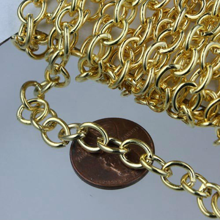 ~~~ great ideal for making glass tile pendants, necklaces, photo jewelry // wholesale antique bronze Roll Chains