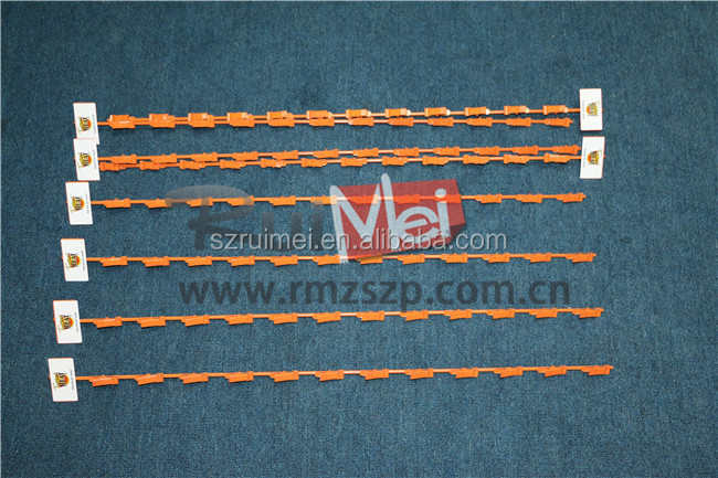 Metal wire hanging clip strip for retail