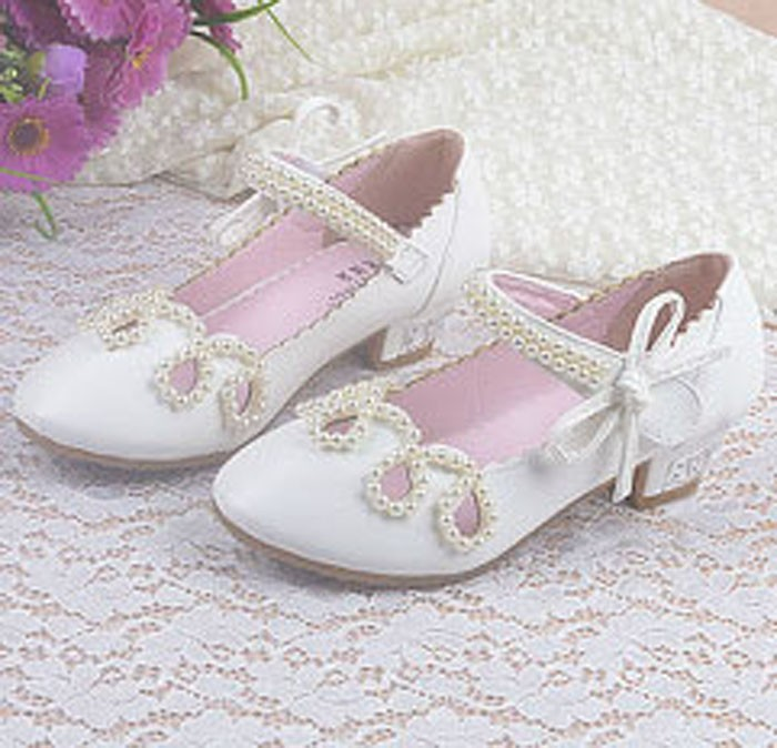 Wholesales Fashion Pearls Flower Girls Shoes For Wedding Whiote Cutouts Kids Girls Princess Shoes For Party Children High <strong>Heels</strong>
