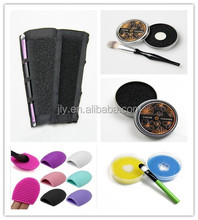 Magic Attached Color Cleaning Sponge/Portable Color Switch Cleaner for Cosmetic Makeup Brush