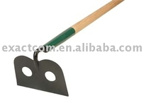 CONSTRUCTION HOE WITH LONG WOODEN HANDLE