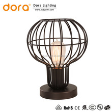Alibaba Best sellers Promotion cheap Metal Wire Shade decorative table lamp